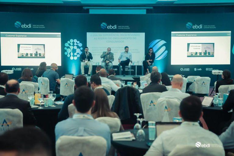 Palestrantes discutindo no Retailed!IT - Tecnologias para o Varejo
